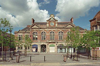 Tunstall Town Hall and Market | Stoke